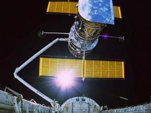Hubble 3D: Deployment Of Hubble