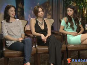 Exclusive: Spring Breakers - The Fandango Interview