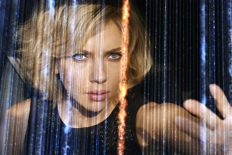 "News Briefs: Scarlett Johansson Eyes ""Gamergate"" Movie 'Crash Override'"