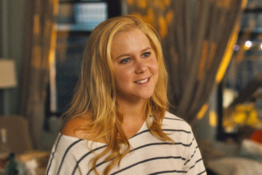 News Briefs: Amy Schumer to Star As 'Barbie'