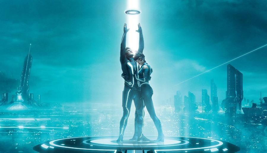 Fanboy Fix: 'TRON 3,' 'X-Men: Apocalypse' and Adam West's New 'Batman' Movie