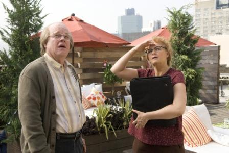 Philip Seymour Hoffman as Caden Cotard and Samantha Morton as Hazel in