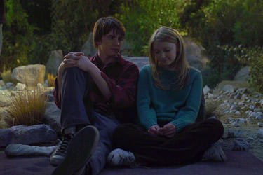 Jesse McCartney and Elisabeth Harnois in