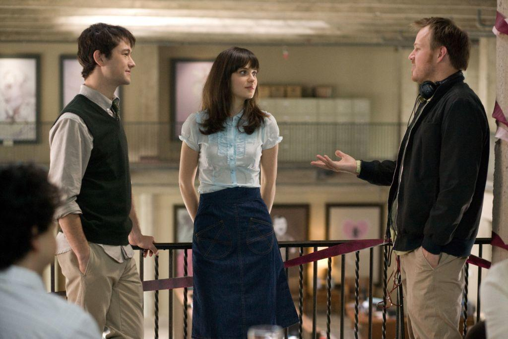 Joseph Gordon-Levitt, Zooey Deschanel and Director Marc Webb on the set of