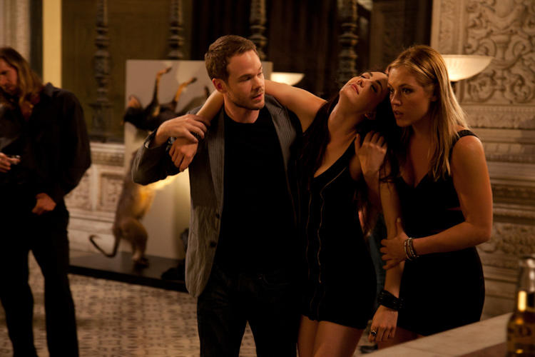 Shawn Ashmore, Agnes Bruckner and Madeline Zima in