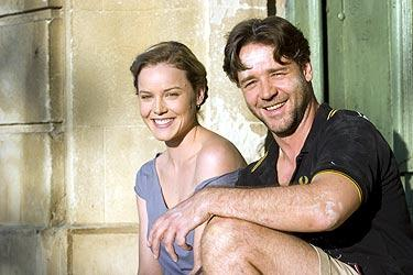 Abbie Cornish and Russell Crowe in