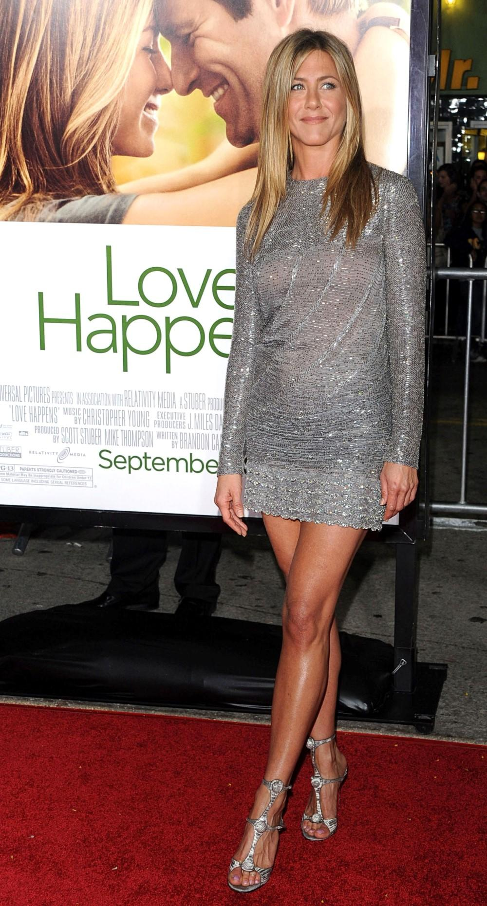 Style Icon Jennifer Aniston  Fandango-8797