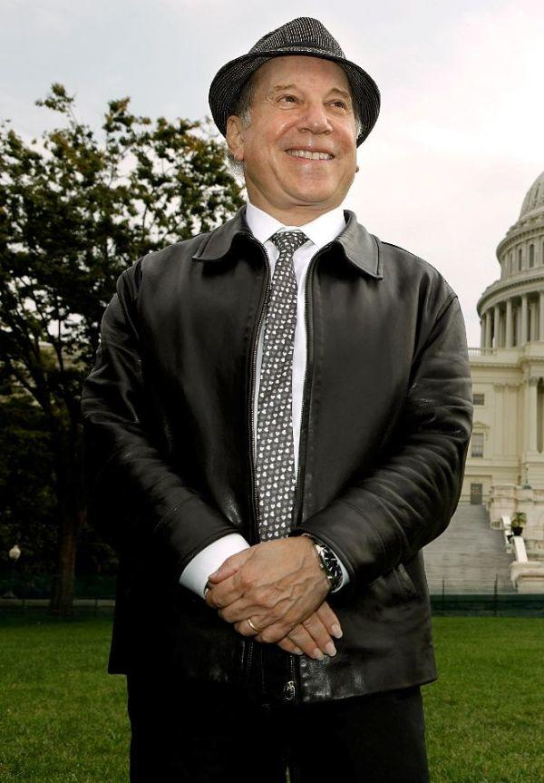 Paul Simon at the event to encourage politicians to not forget young people during the debate on health care reform.