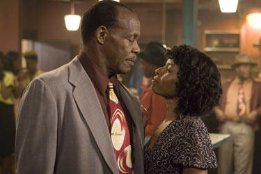 Danny Glover and Lisa Gay Hamilton in