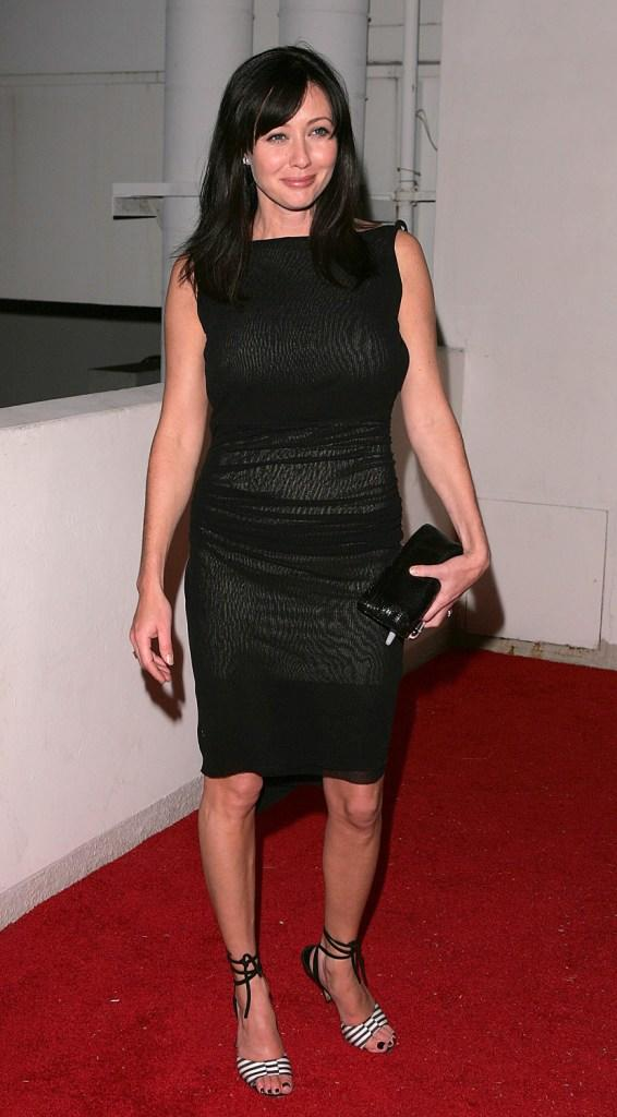 Shannen Doherty at the Miramax 2005 Golden Globes After Party.