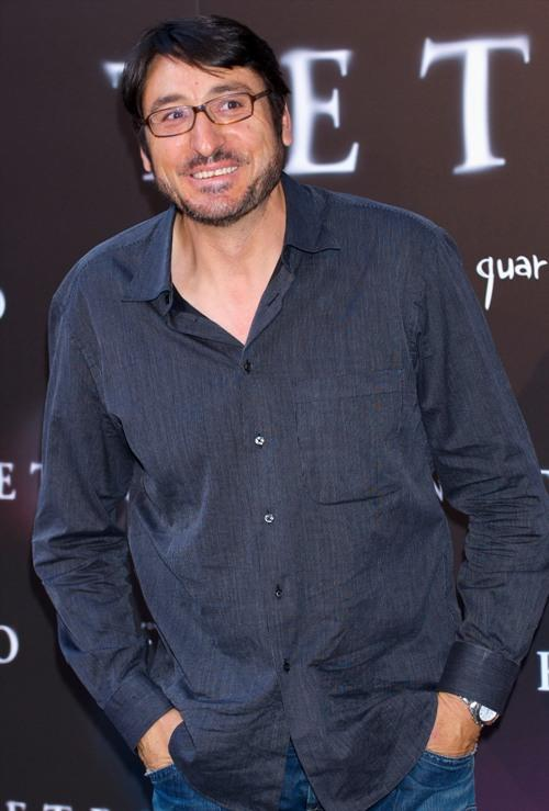 Carmelo Gomez at the premiere of