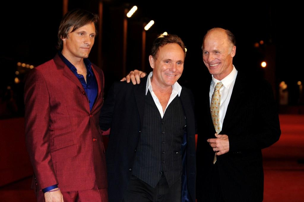Viggo Mortensen, Robert Knott and Ed Harris at the premiere of