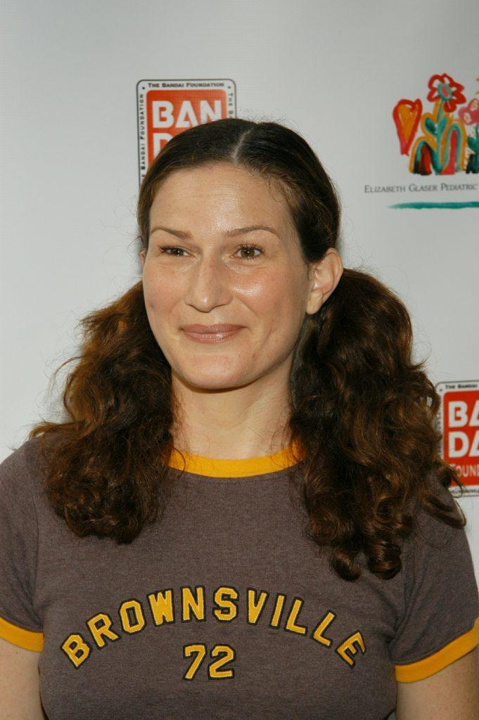 Ana Gasteyer at the Elizabeth Glazer Pediatric AIDS Foundation
