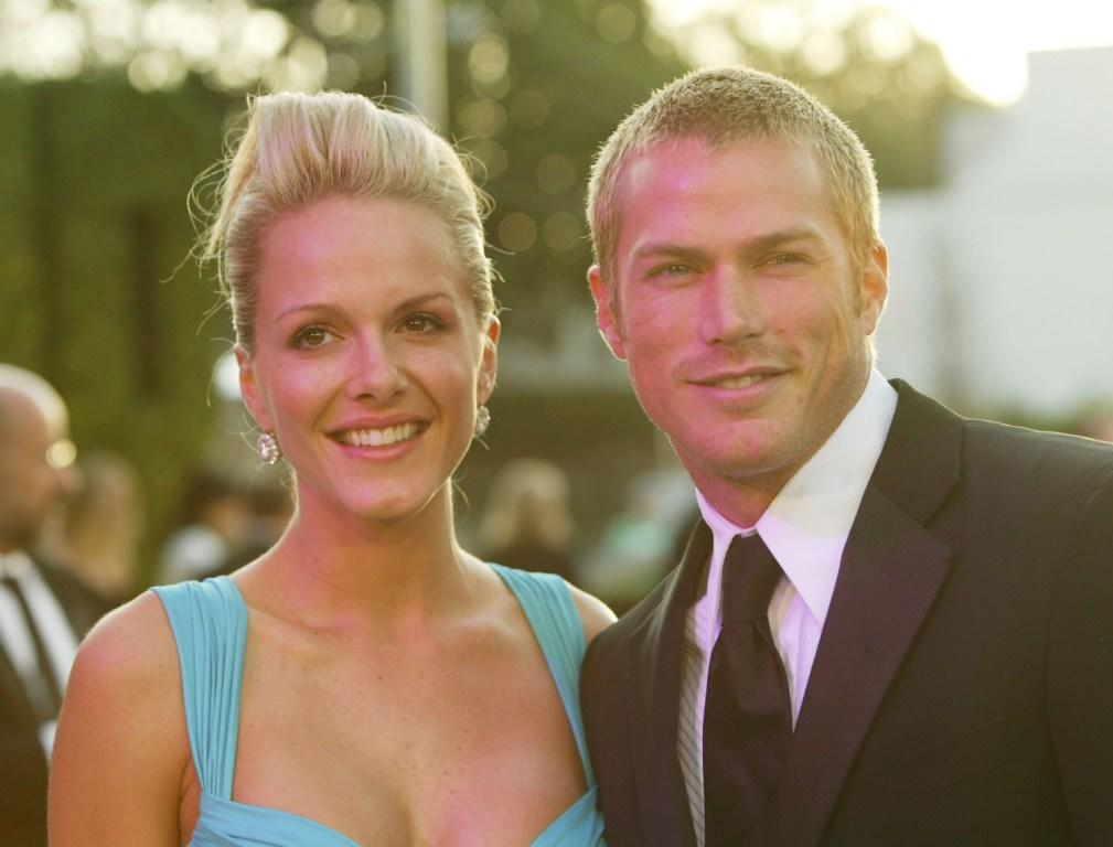 Monet Mazur and Jason Lewis at the 2004 Vanity Fair Oscar Party.