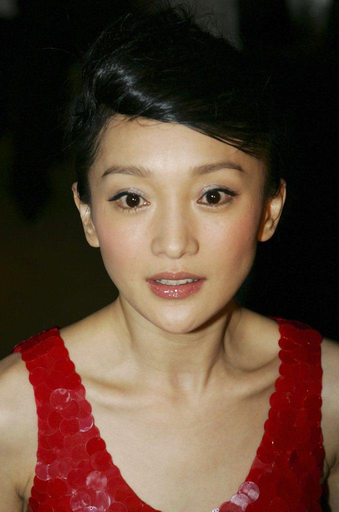 Zhou Xun at the photocall of