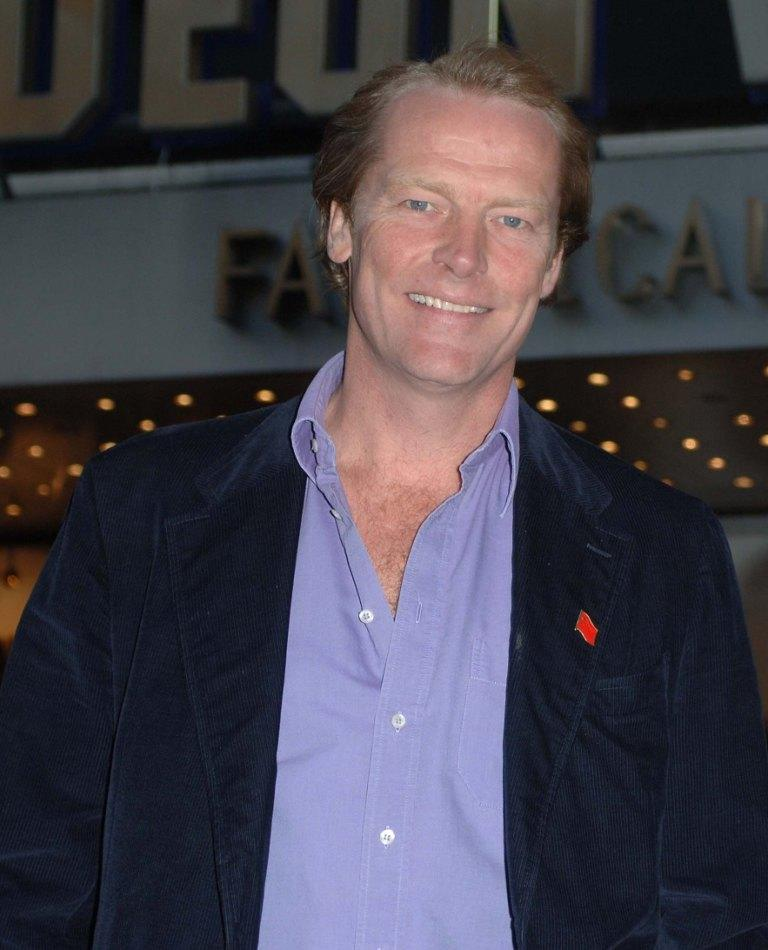 Iain Glen at the premiere of