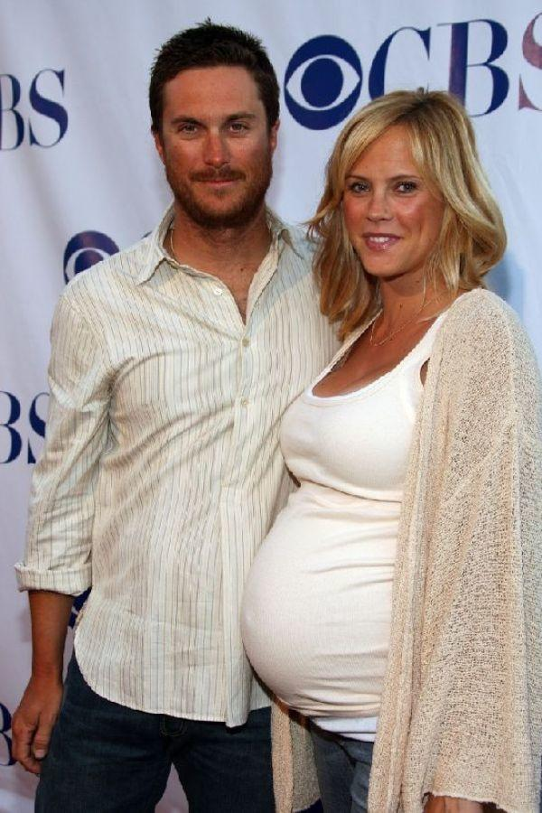 Oliver Hudson and Erinn Bartlett at the CBS Summer