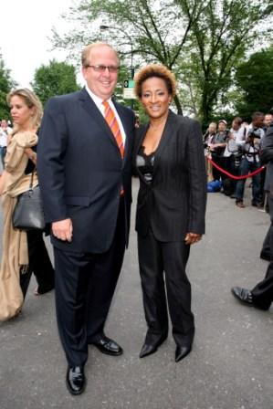 Matt Rubel and Wanda Sykes at the Fresh Air Fund Spring Gala.