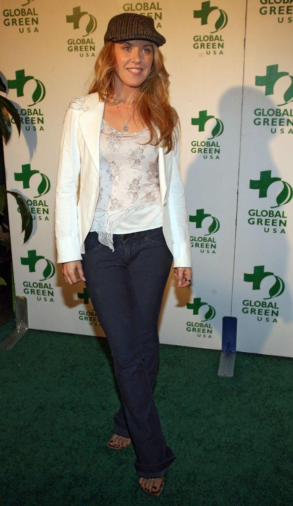 Liz Phair at the Global Green USA's Annual Oscar Party.