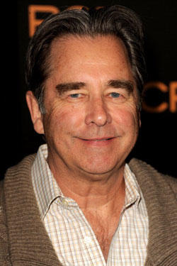 Beau Bridges arrives at the premiere of 'Phantom' at the Chinese Theater
