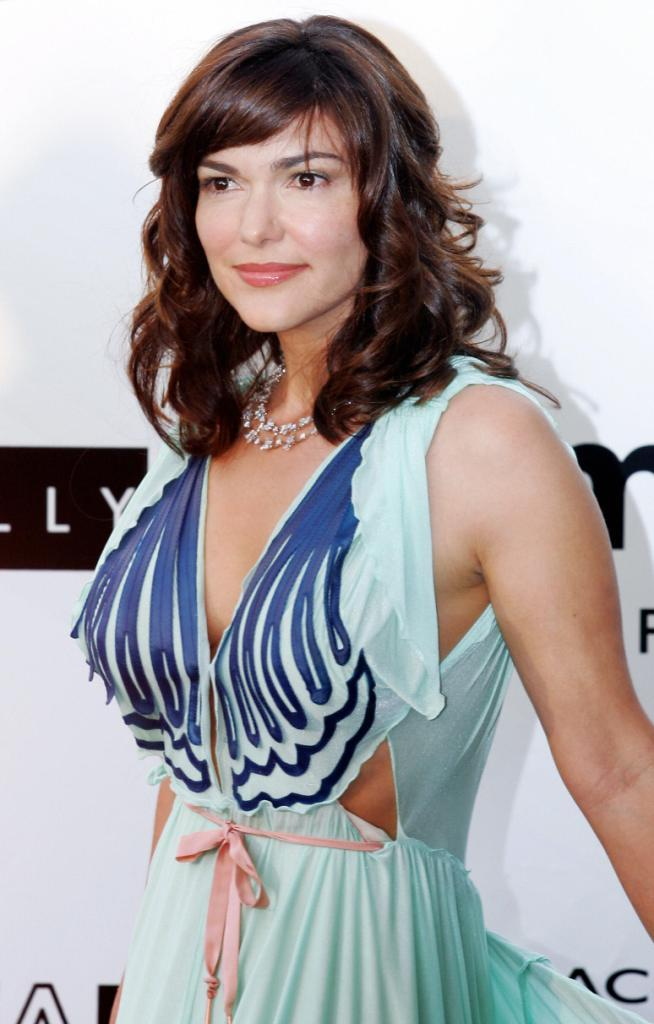 Laura Harring Movies | fbemot.com