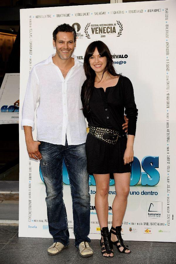 Roberto Enriquez and Veronica Sanchez at the photocall of