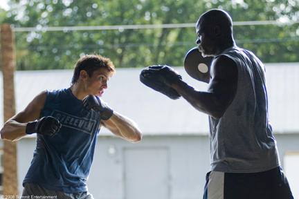 Sean Faris and Dijimon Hounsou in