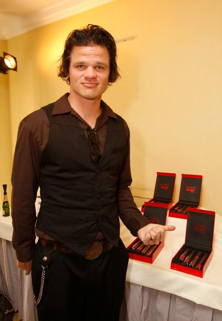 Evan Jones at the Luxury Lounge in honor of the 2008 SAG Awards featuring Cao cigars.