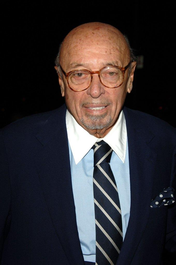 Ahmet Ertegun at the Warner Music Group 2006 Grammy after party.