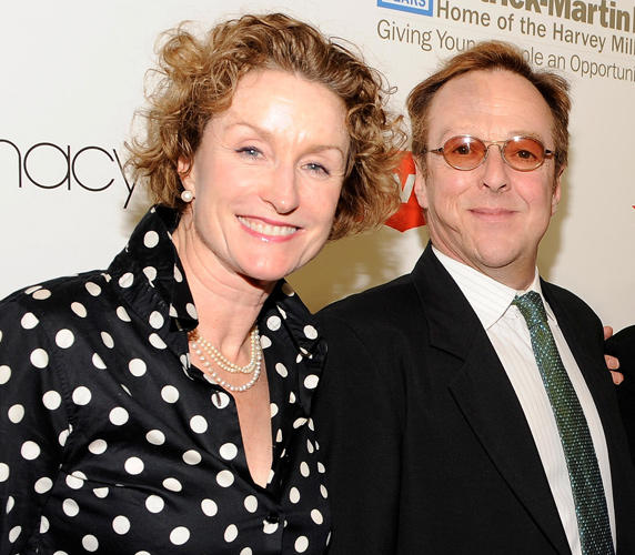 Lisa Banes and Edward Hibbert at the 2009 Emery Awards.