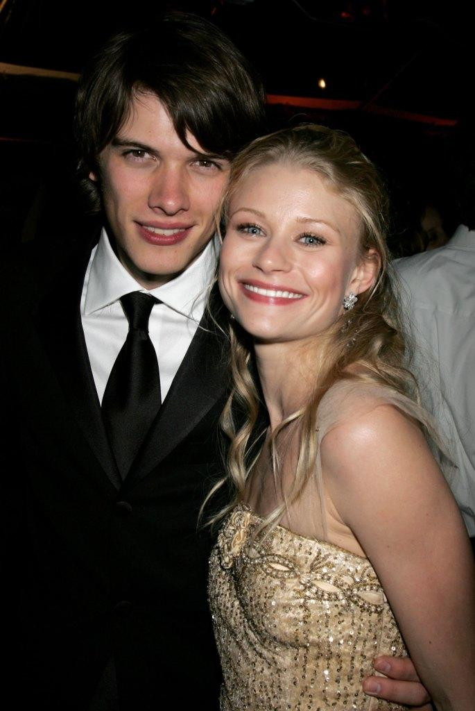 Josh Janowicz and Emilie de Ravin at the Weinstein Co. Golden Globe after party.