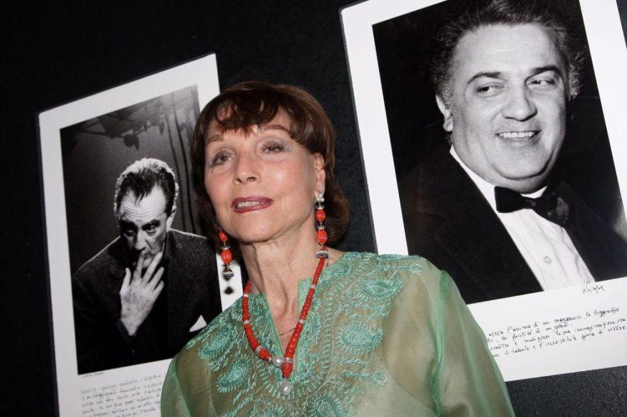 Elsa Martinelli at the Marina Cicogna Opening Exhibition.