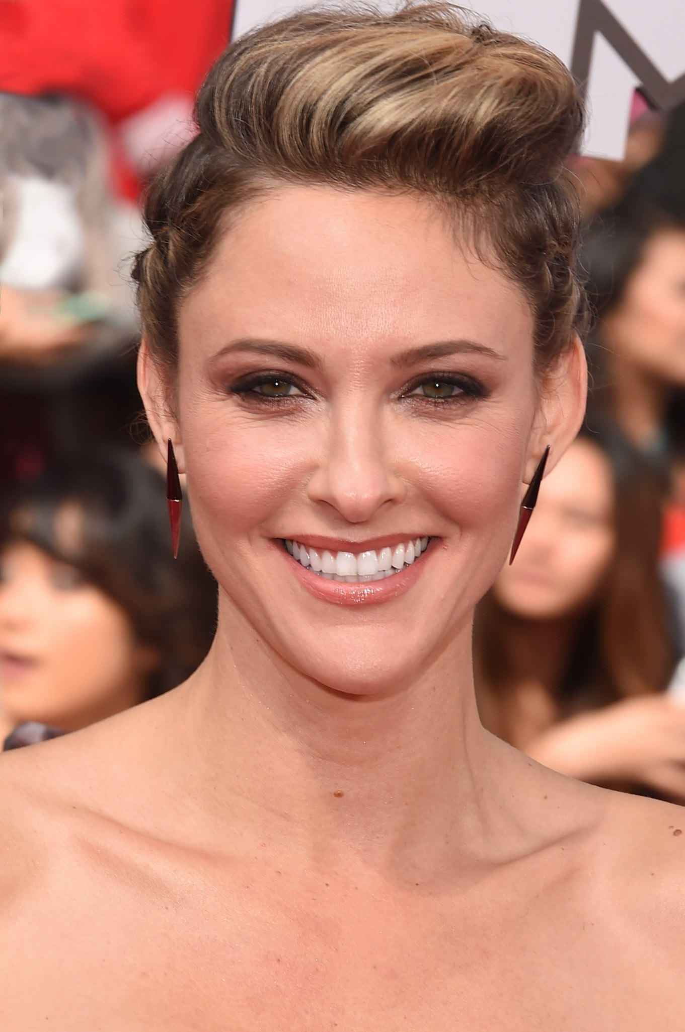 Jill Wagner Pictures And Photos Fandango