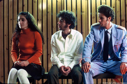 Saleh Bakri as Haled, Shlomi Avraham as Papi and Rinat Matatov as Yula in
