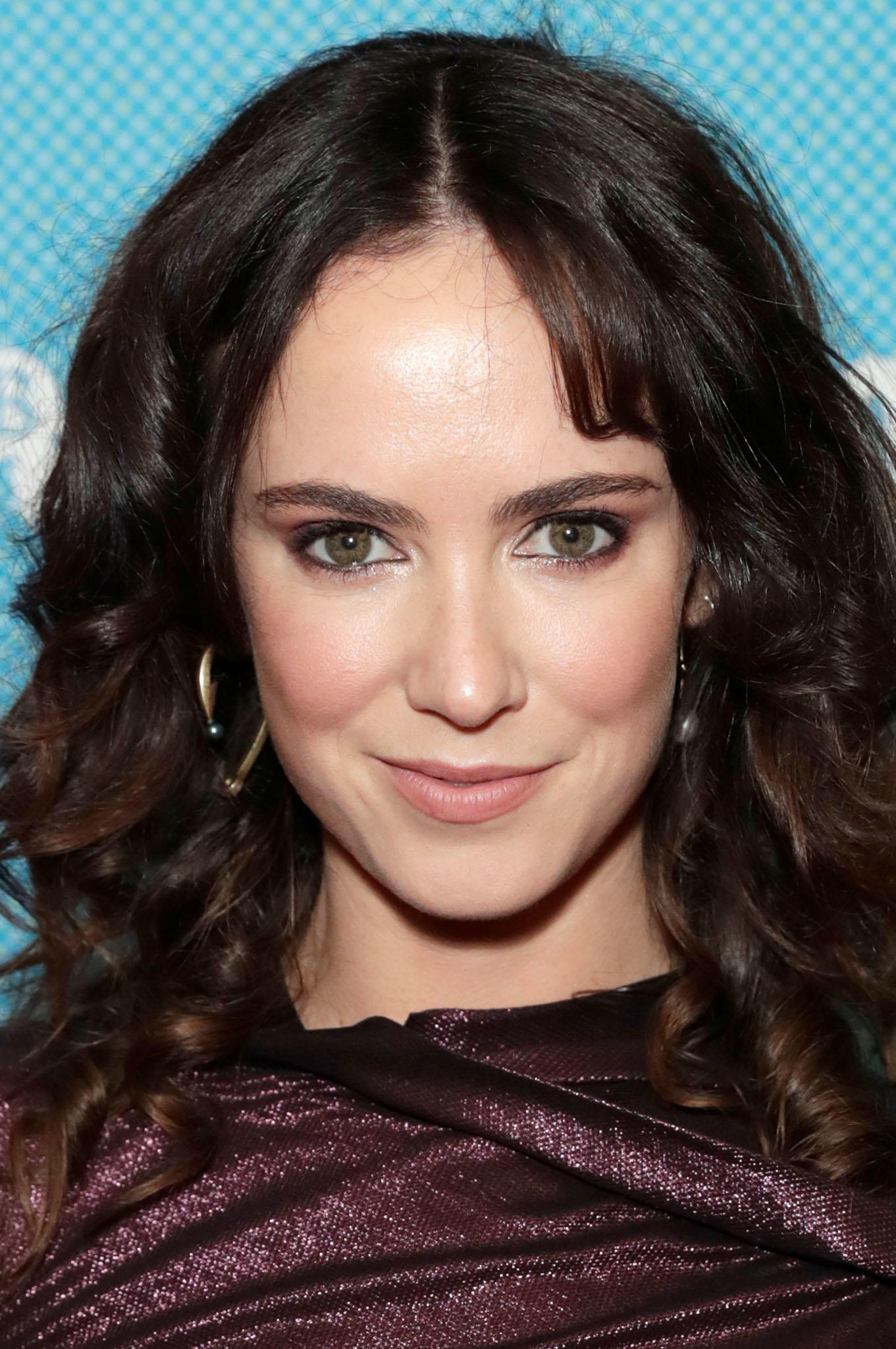 Amy Manson Once Upon A Time amy manson pictures and photos | fandango