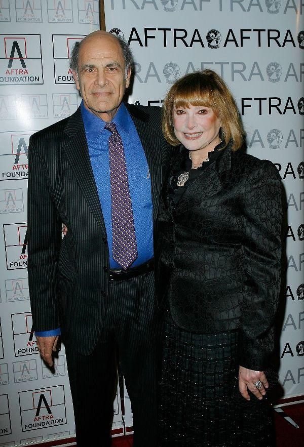 Alan Rachins and Joanna Rachins at the 2009 AFTRA Media and Entertainment Excellence Awards.