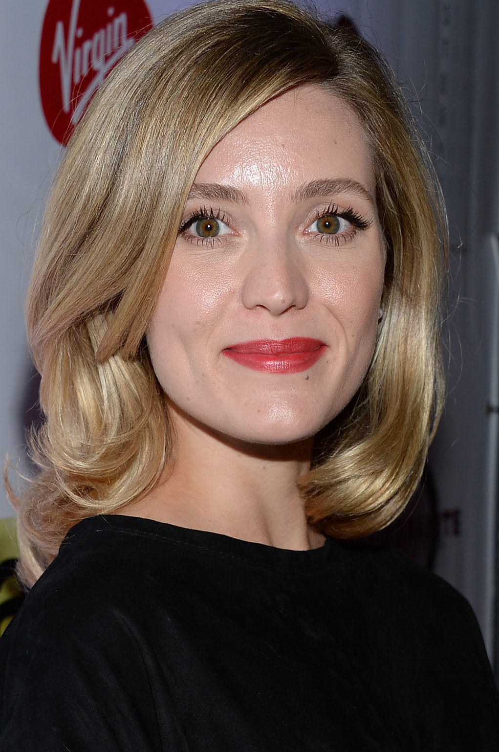 Evelyne Brochu at the