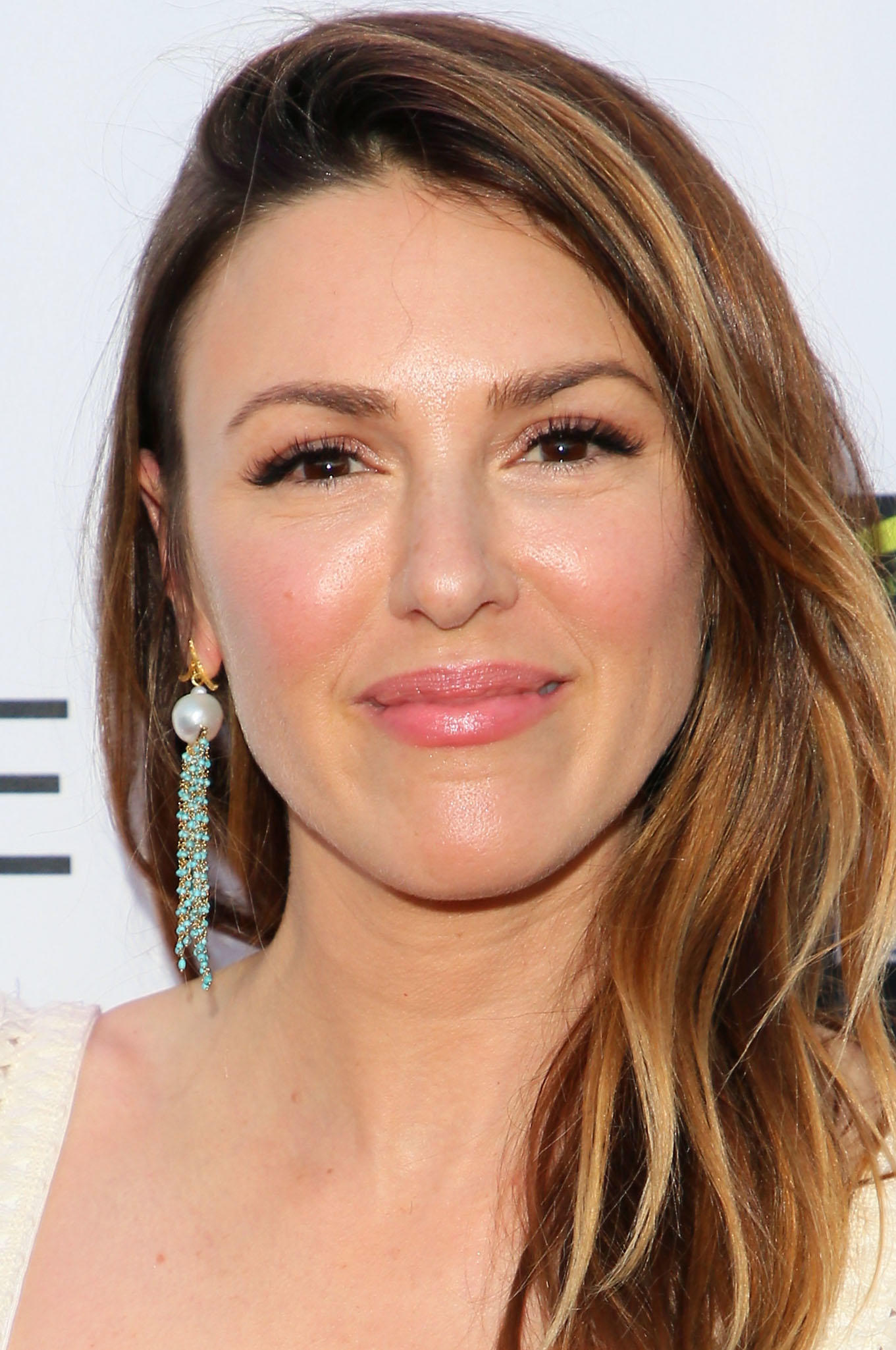Elizabeth Hendrickson at the National Academy of Television Arts & Sciences' 2018 Daytime Emmy Nominee Reception in Los Angeles.