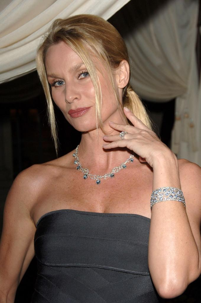 Nicollette Sheridan at the Simply Spectacular: Tiffany & Co. Celebrates 2008 Blue Book Collection.
