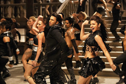 Ranveer Singh as Ricky Bahl and Anushka Sharma as Ishika Desai in