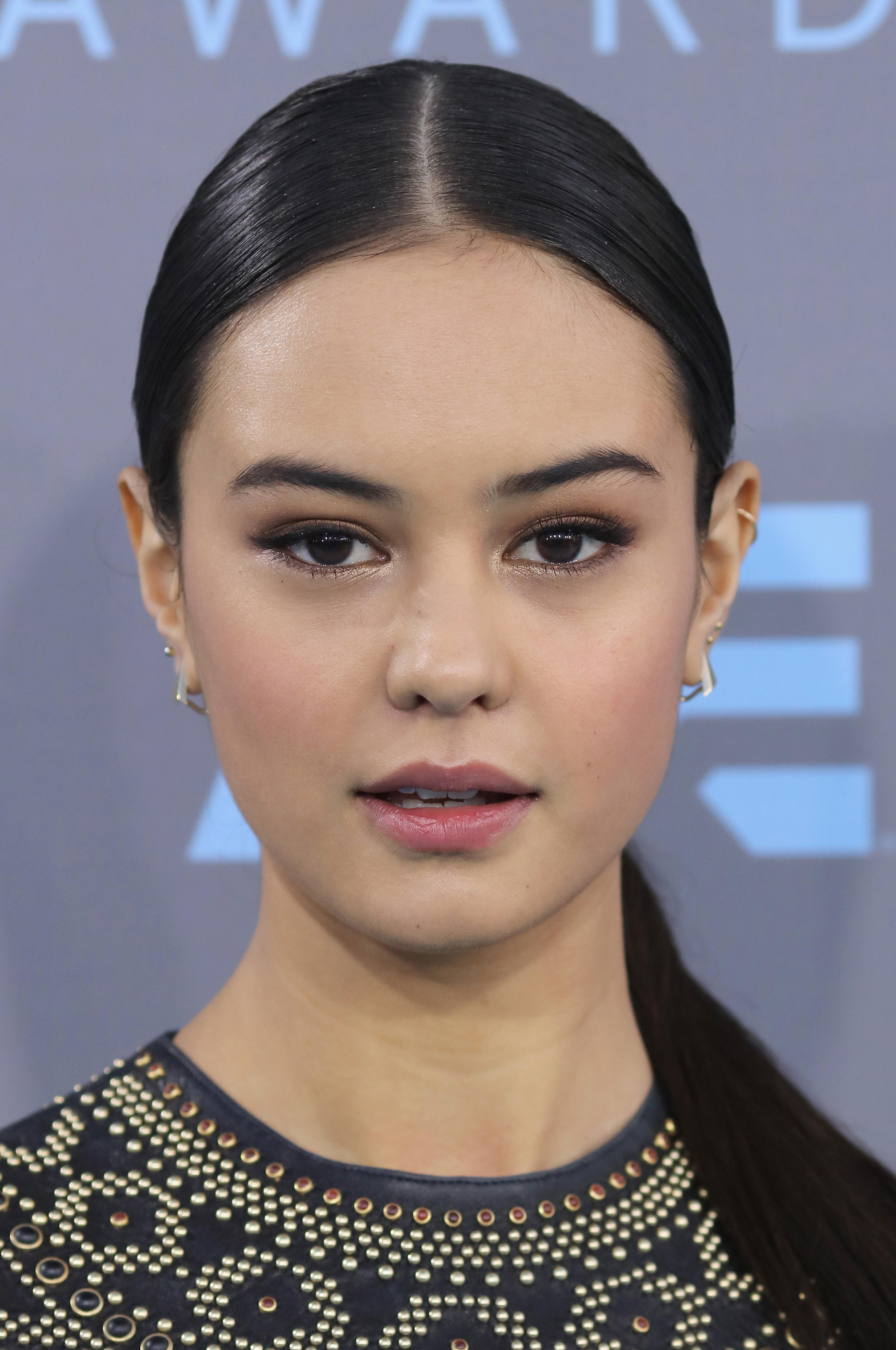 Courtney Eaton at the 21st Annual Critics' Choice Awards at Barker Hangar.