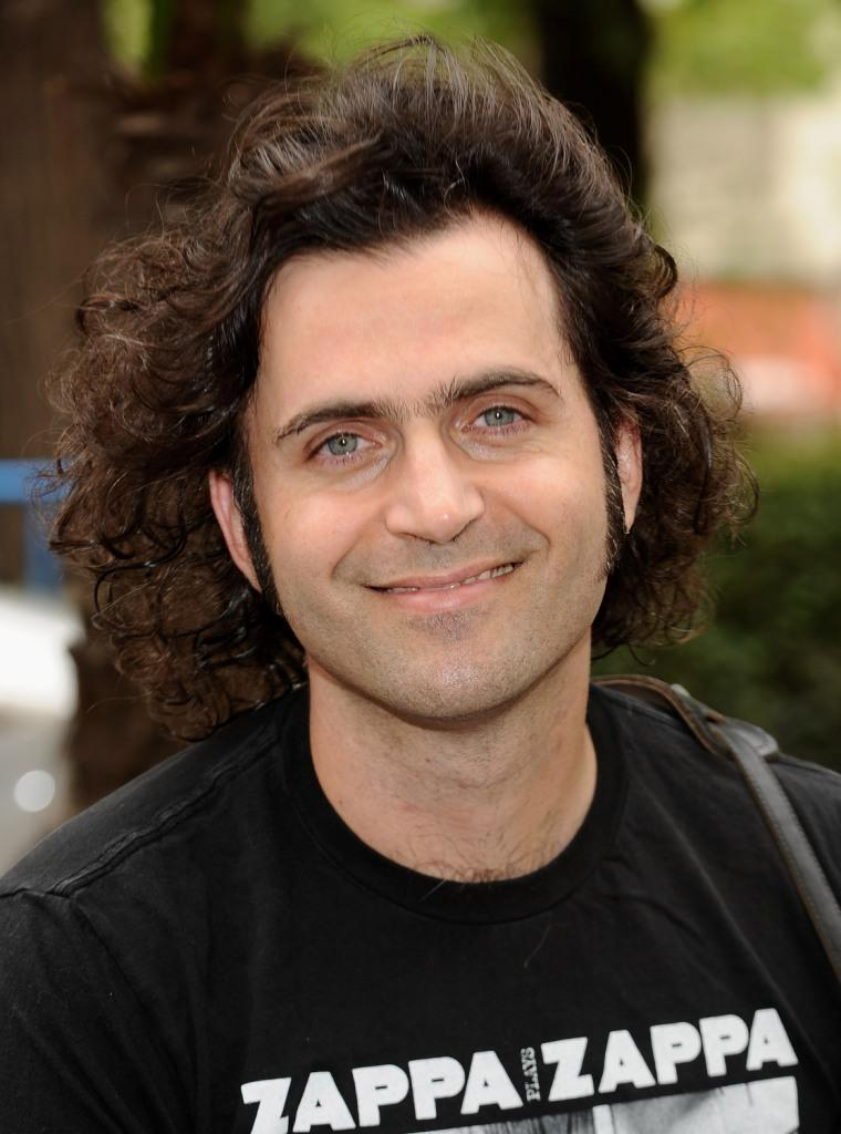 Dweezil Zappa at the press conference to promote