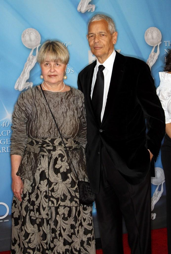 Pamela Horowitz and Julian Bond at the 40th NAACP Image Awards.
