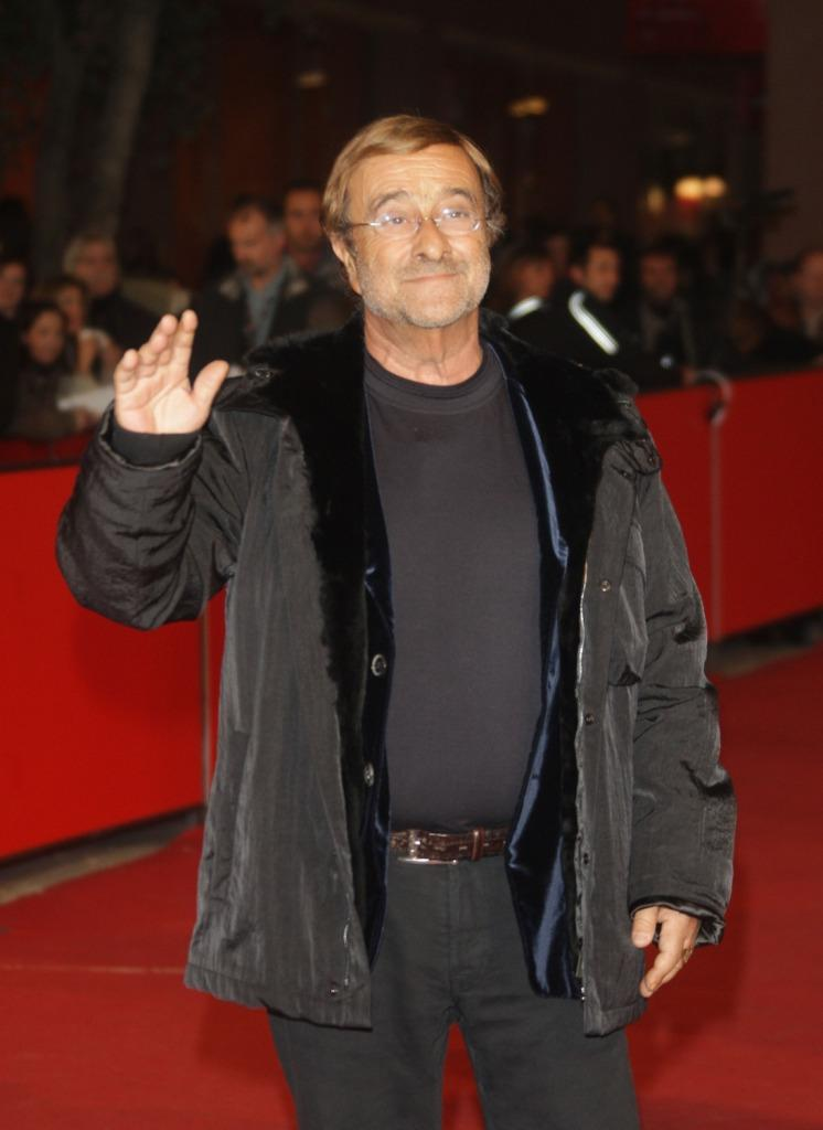 Lucio Dalla at the premiere of