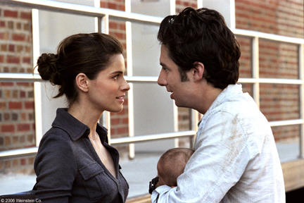 Amanda Peet and Zach Braff in