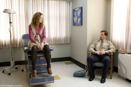Judy Greer as Ginger and Patrick Wilson as Barry in