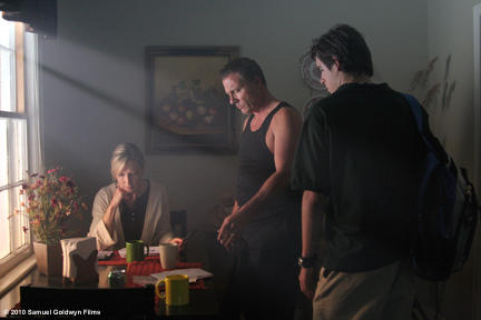 Joy Parmer Moore as Sara McDonald, Michael Joiner as Mac McDonald and Rob Erickson as Blake McDonald in ``The Grace Card.''