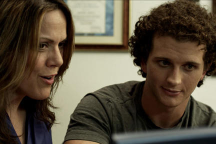 Gayla Goehl as Debbie and Michael Robert Kelly as Jacob in ``@urFRENZ.''