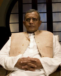 Mithun Chakraborty as Manikdas 'Nanaji' Gupta in