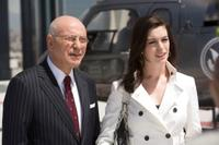 Alan Arkin as The Chief and Anne Hathaway as Agent 99 in